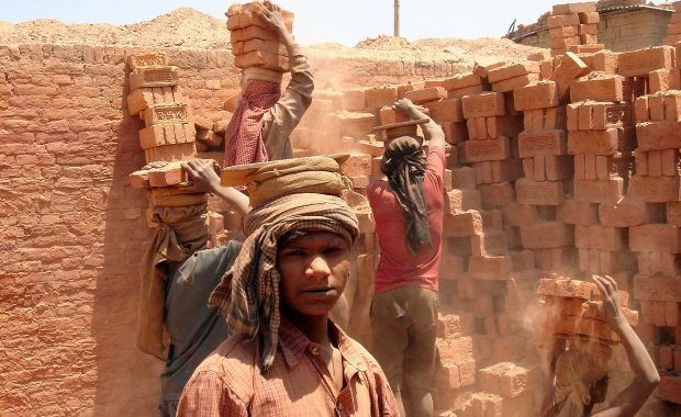 Cleaning up the Asian Brick Industry   By Urs Heierli